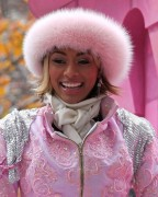 "Nov 25, 2010 - Keri Hilson - ""Macy's Thanksgiving Day"" 84th Annual Parade In NYC 900274108236326"