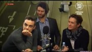 Take That à la radio DJ Italie 23/11-2010 F41baf110833006
